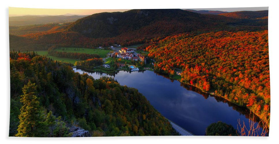 New Hampshire Hand Towel featuring the photograph Balsams Sunset by Chris Whiton
