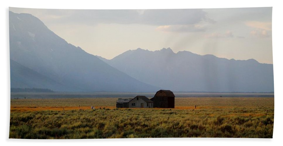 Barn Bath Sheet featuring the photograph Barn And Mountains by Catie Canetti