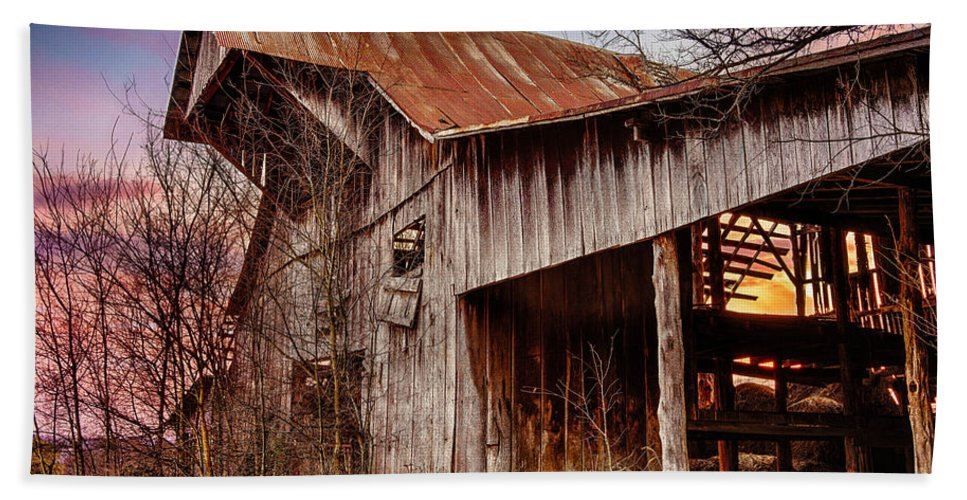 Barn Hand Towel featuring the photograph Barn At Sunset by Brett Engle