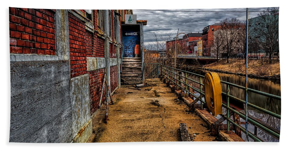 Bates Mill Hand Towel featuring the photograph Bates Mill Office Canal Street by Bob Orsillo