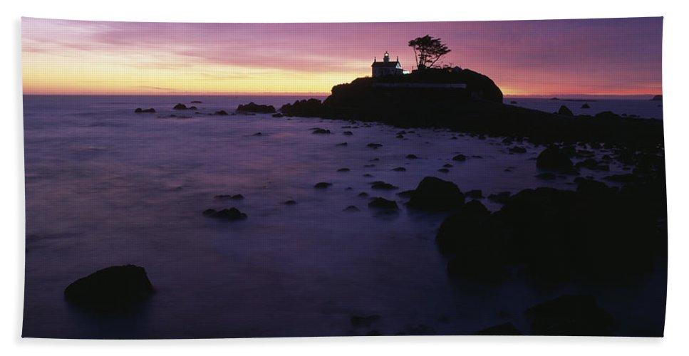 Battery Point Lighthouse Hand Towel featuring the photograph Battery Point Lighthouse At Sunset by Jim Corwin