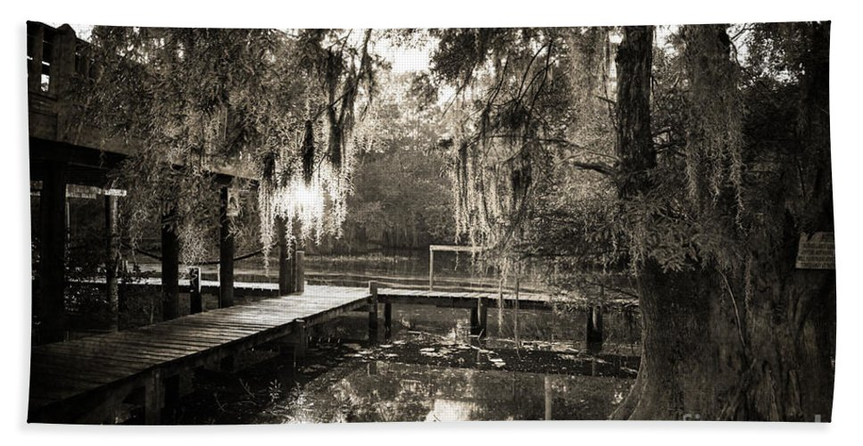 Swamp Hand Towel featuring the photograph Bayou Evening by Scott Pellegrin