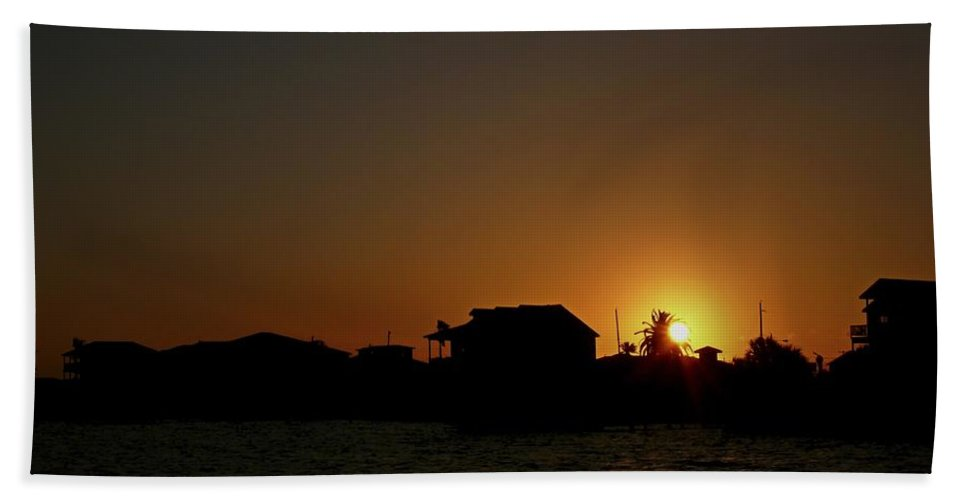 Silhouette Of House Bath Sheet featuring the photograph Beach Home Silhouette by Robert Brown