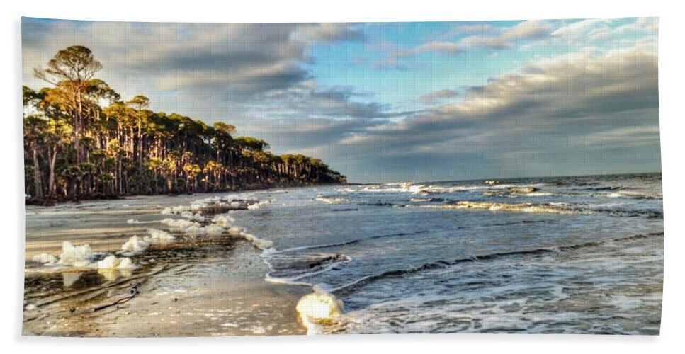 Hunting Island State Park Hand Towel featuring the photograph Beach Walk In Winter by Patricia Greer
