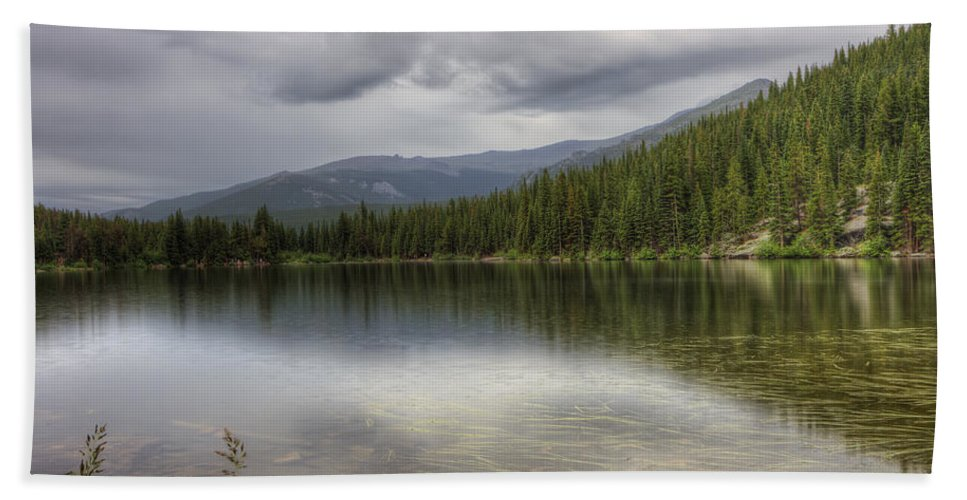 Rocky Mountain National Park Bath Sheet featuring the photograph Bear Lake by Scott Wood