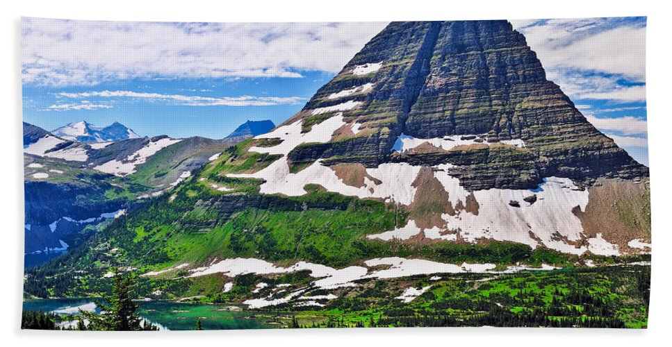 Bearhat Mountain Hand Towel featuring the photograph Bearhat Mountain by Greg Norrell