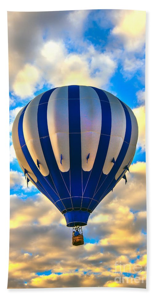 Hand Towel featuring the photograph Beautiful Blue Hot Air Balloon by Robert Bales