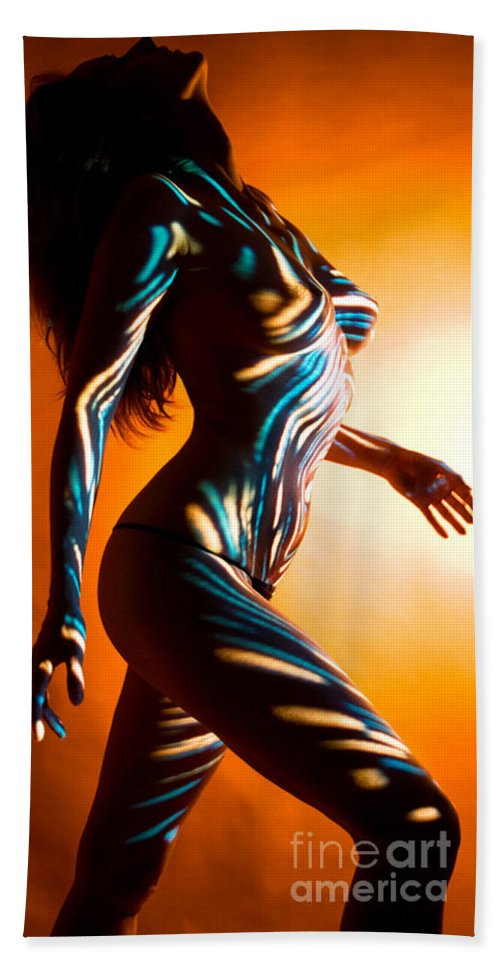 Figure Art Bath Sheet featuring the painting Beauty In Light by Thomas Oliver