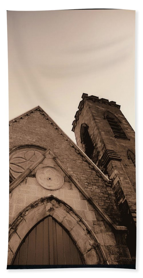 New York Hand Towel featuring the photograph Bell Tower by Donna Blackhall