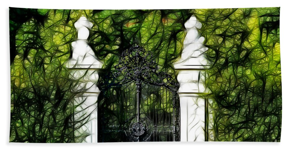 Schonbrunn Palace Hand Towel featuring the photograph Belvedere Palace Gate by Mariola Bitner
