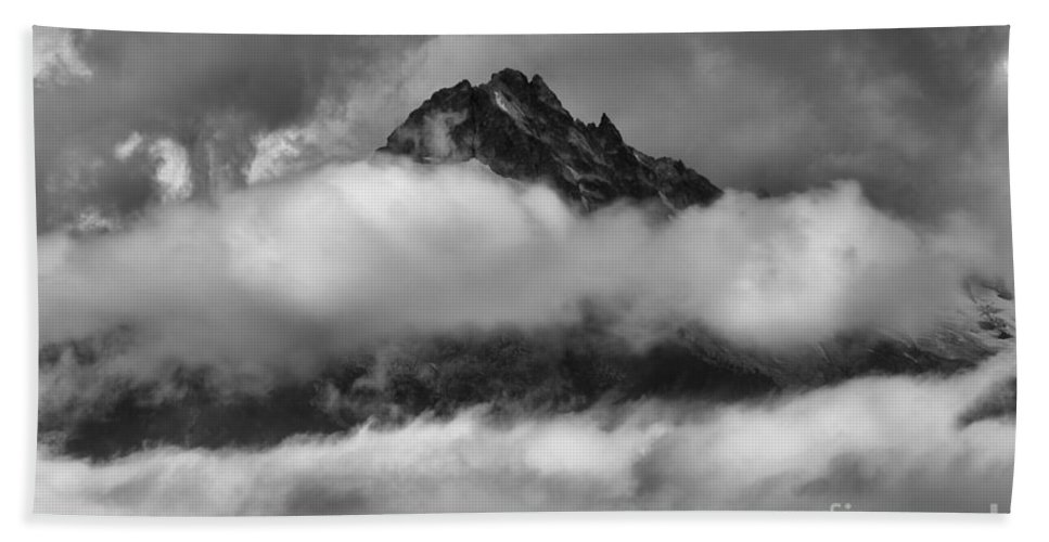 Tantalus Bath Sheet featuring the photograph Between Cloud Layers by Adam Jewell