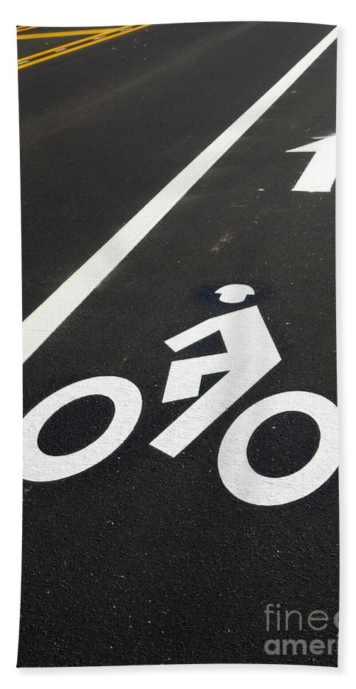 Bicycle Bath Towel featuring the photograph Bicycle Lane by Olivier Le Queinec