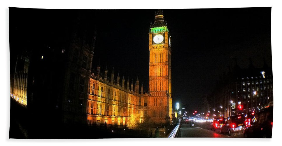 Eye Hand Towel featuring the photograph Big Ben At Night by Doc Braham