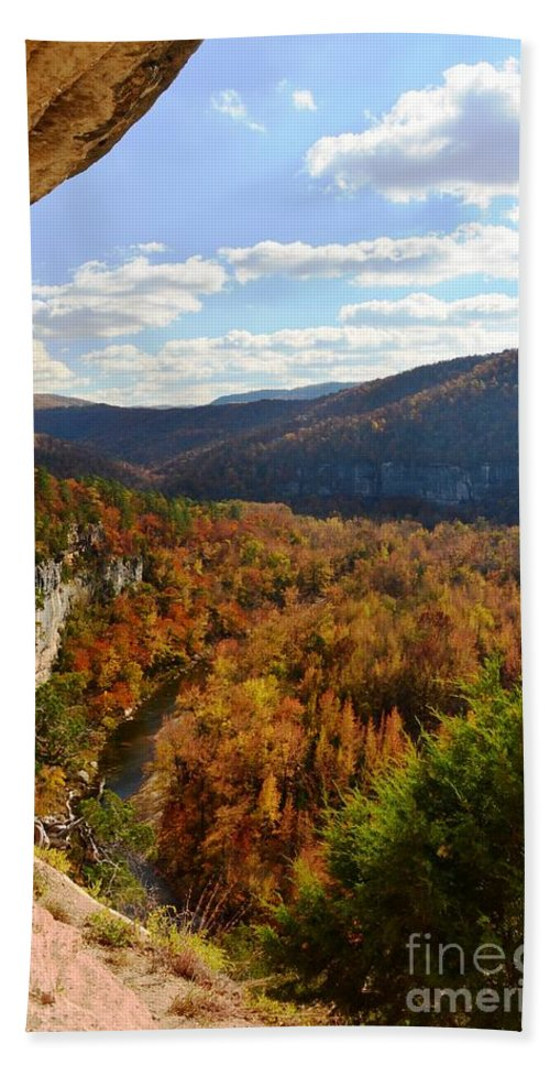 Big Bluff Hand Towel featuring the photograph Big Bluff by Deanna Cagle