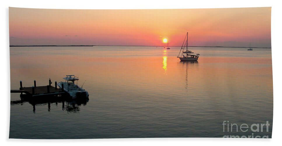 Big Chill Bath Sheet featuring the photograph Big Chill Sunset by Carey Chen