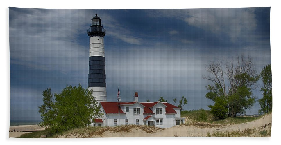 Big Sable Bath Sheet featuring the photograph Big Sable Point Lighthouse by Jack R Perry
