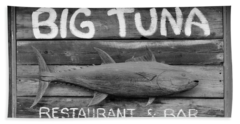 Sign Hand Towel featuring the photograph Big Tuna by Cynthia Guinn