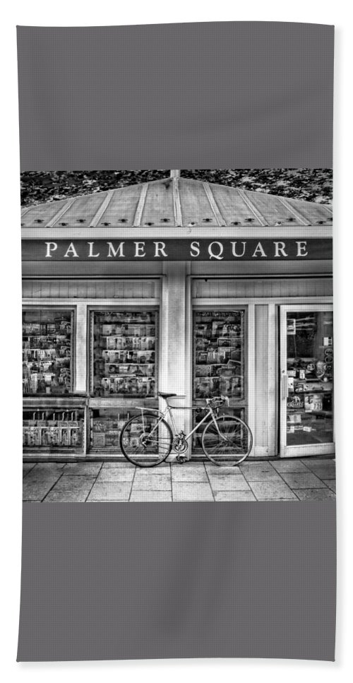 Bicycle Bath Towel featuring the photograph Bike At Palmer Square Book Store In Princeton by Ben and Raisa Gertsberg