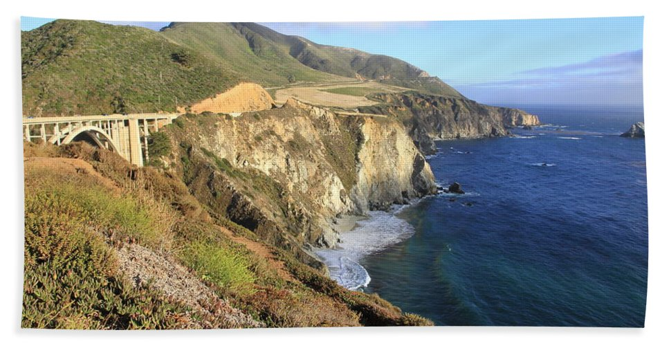 Glorious View Hand Towel featuring the photograph Bixby Bridge Over The Creek by Christiane Schulze Art And Photography