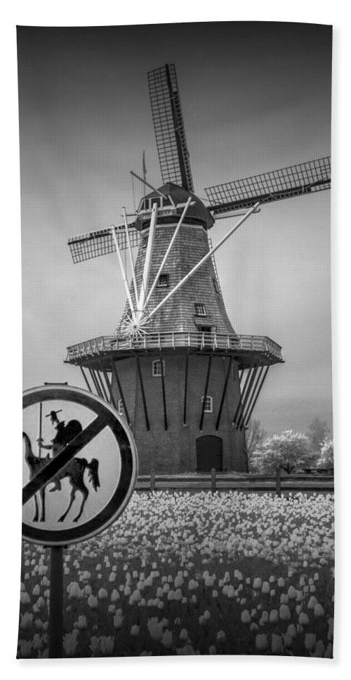 Black And White Bath Sheet featuring the photograph Black And White No Tilting At Windmills by Randall Nyhof