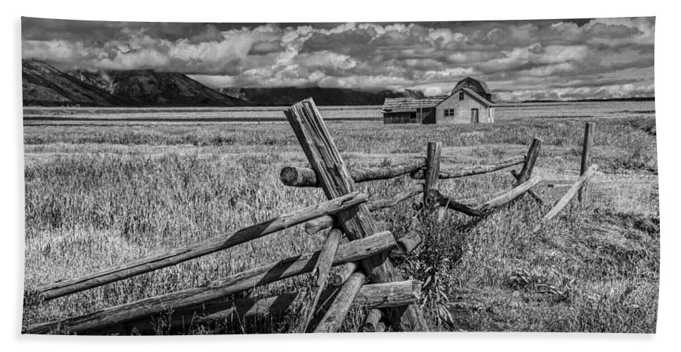 Wood Bath Sheet featuring the photograph Black And White Photo Of A Wood Fence At The John Moulton Farm by Randall Nyhof