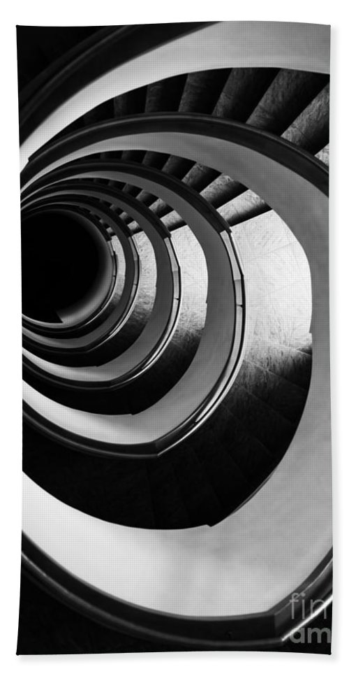 Interior View Hand Towel featuring the photograph Black And White Spirals by Jaroslaw Blaminsky