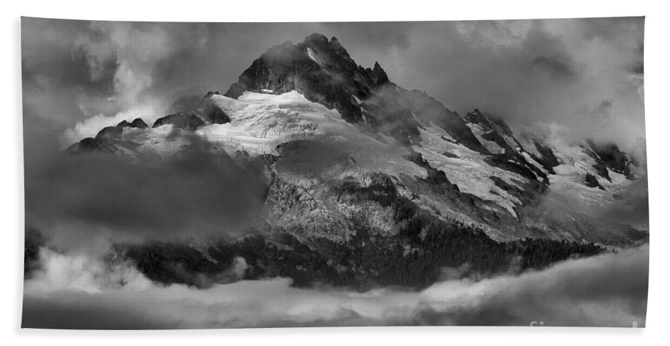 Tantalus Bath Sheet featuring the photograph Black And White Tantalus Storms by Adam Jewell