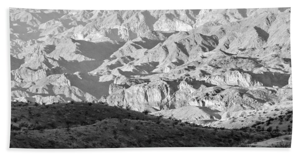 Landscape Hand Towel featuring the digital art Black Mountains Of Arizona by Tim Richards