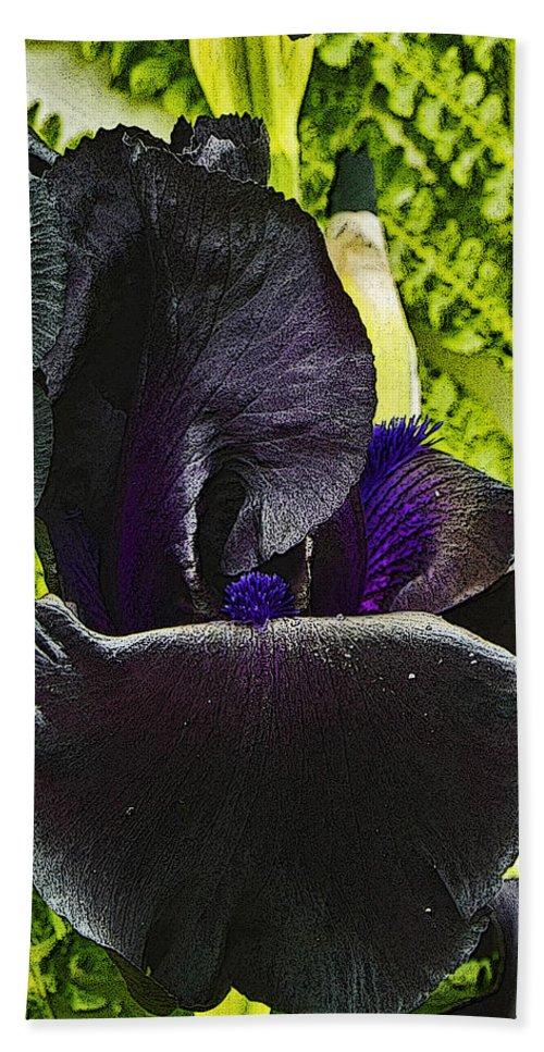 Iris Bath Sheet featuring the photograph Blackbeard by Rob Mclean