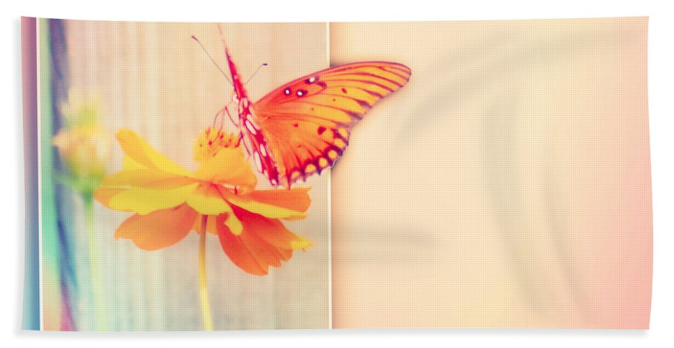 Greeting Hand Towel featuring the photograph Blank Greeting Card by Leticia Latocki