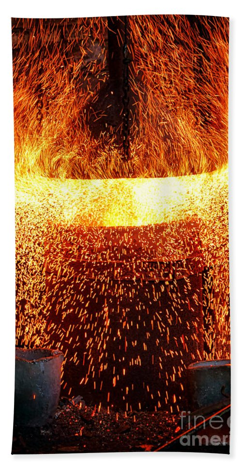 Fire Bath Towel featuring the photograph Blast by Olivier Le Queinec