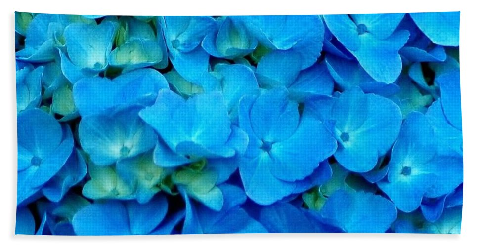 Blue Hand Towel featuring the photograph Blue Hydrangea by Kathleen Struckle