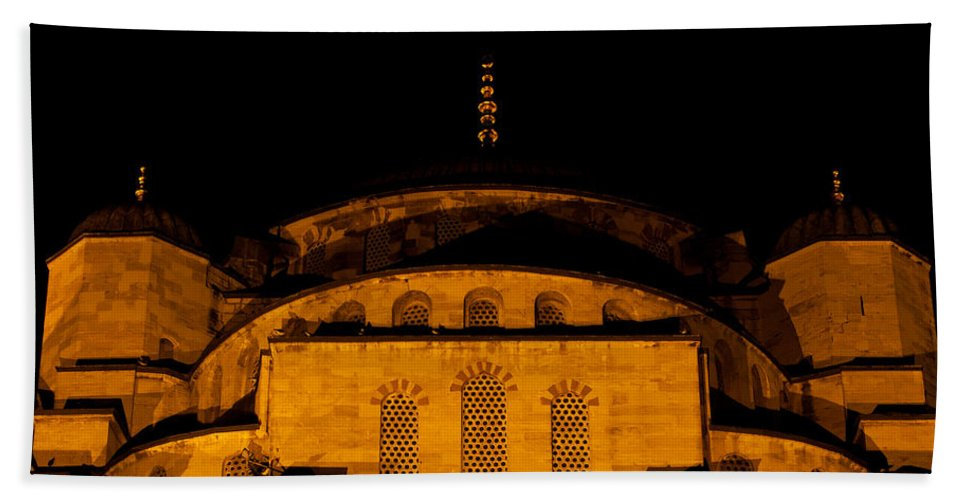 Istanbul Bath Sheet featuring the photograph Blue Mosque At Night 03 by Rick Piper Photography