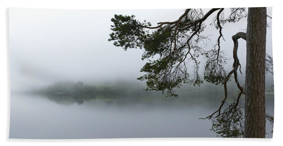 Mist Bath Sheet featuring the photograph Blue Rope by Gary Eason