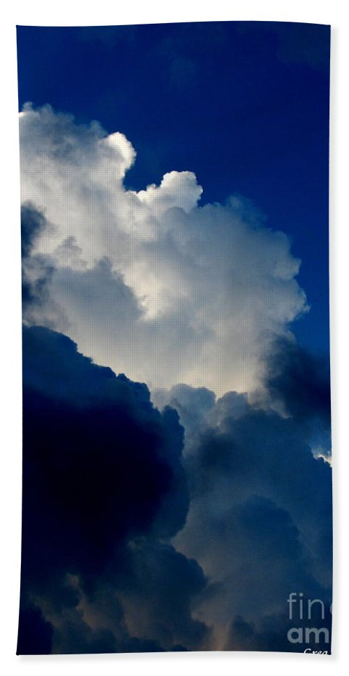 Patzer Bath Towel featuring the photograph Blue Skies by Greg Patzer