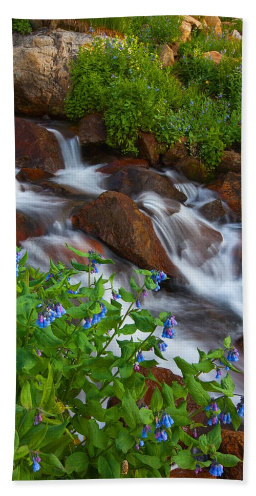 Stream Bath Towel featuring the photograph Bluebell Creek by Darren White