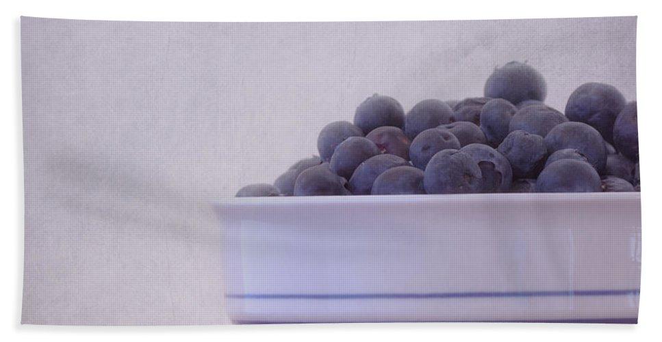 Food Hand Towel featuring the photograph Blueberry Splash by Kim Hojnacki