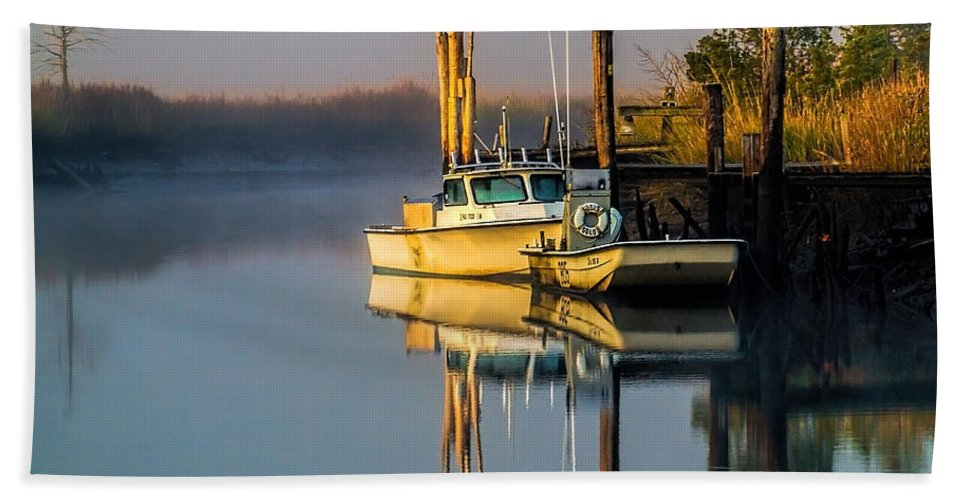 Creek Bath Sheet featuring the photograph Boat On The Creek by Nick Zelinsky