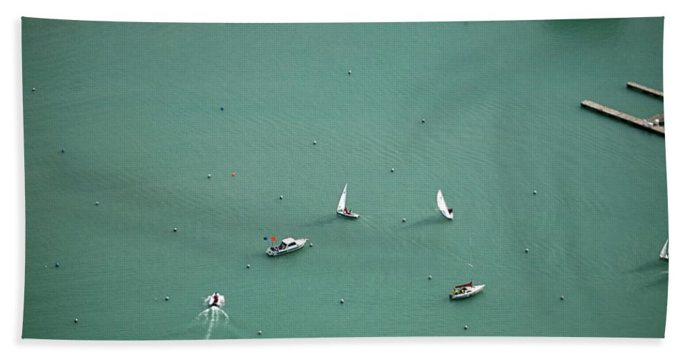 Chicago Bath Sheet featuring the photograph Boating Chicago Sports 11 by Thomas Woolworth