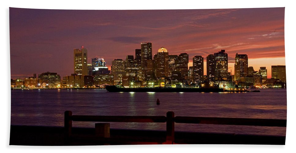 New England Coastline Hand Towel featuring the photograph Boston Skyline Sunset by Jeff Folger