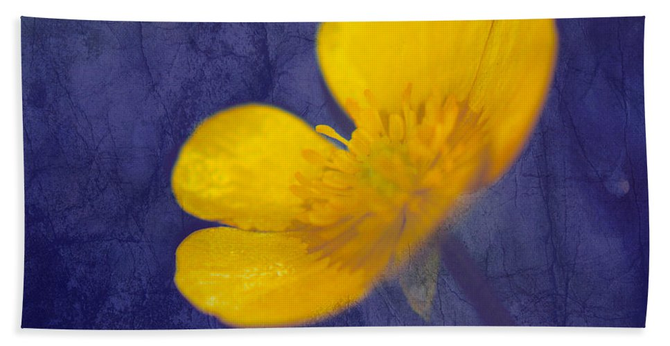 Flower Hand Towel featuring the photograph Bouton D Or - Tb01c by Variance Collections