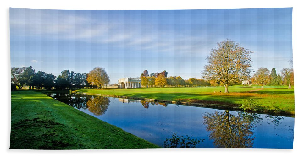 Bowling Gren House Hand Towel featuring the photograph Bowling Green House 2 by Chris Thaxter