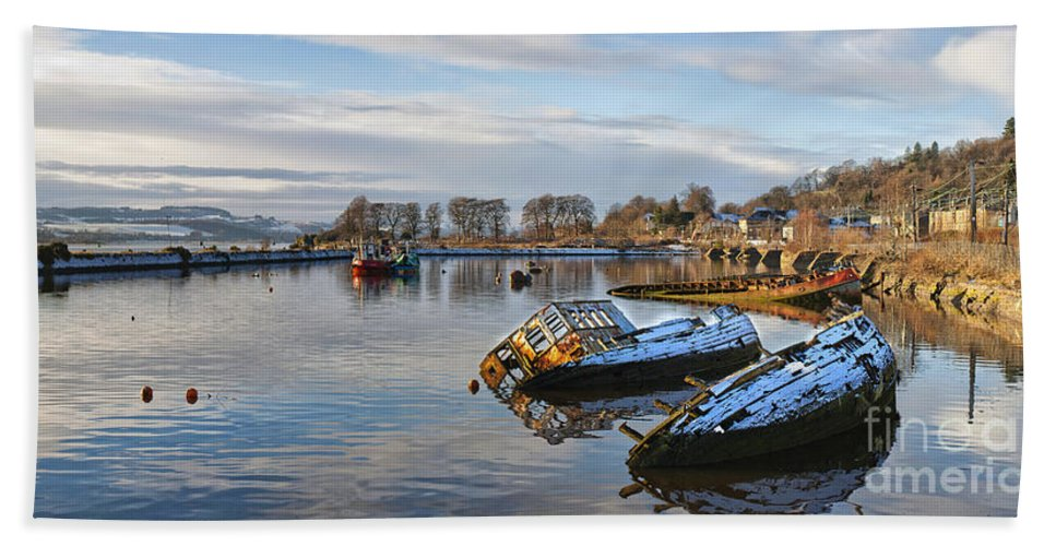 Bowling Bath Sheet featuring the photograph Bowling Harbour Panorama 01 by Antony McAulay