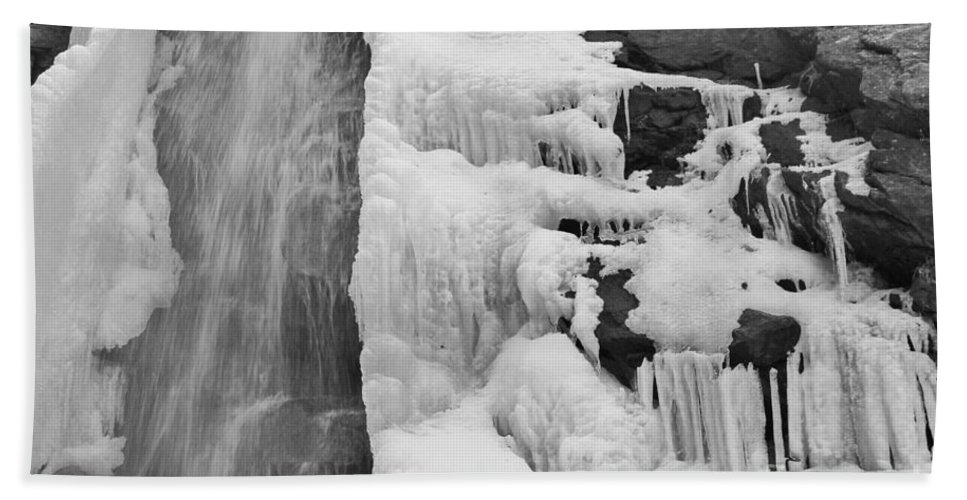 Waterfall Hand Towel featuring the photograph Bridal Veil Falls by Tonya Hance