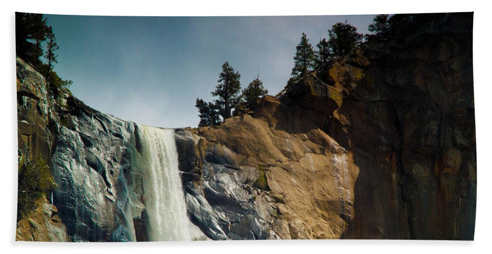 Yosemite Bath Sheet featuring the photograph Bridalveil IIi by Bill Gallagher