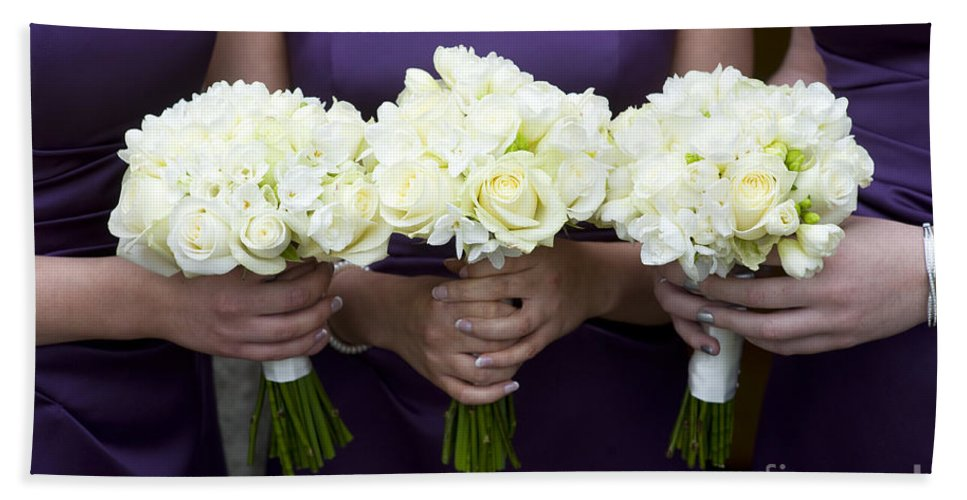 Women Hand Towel featuring the photograph Bridesmaids With Flowers by Lee Avison