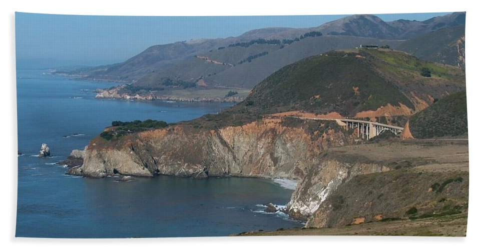 Landscape Hand Towel featuring the photograph Bridge With A View by Jeffery L Bowers