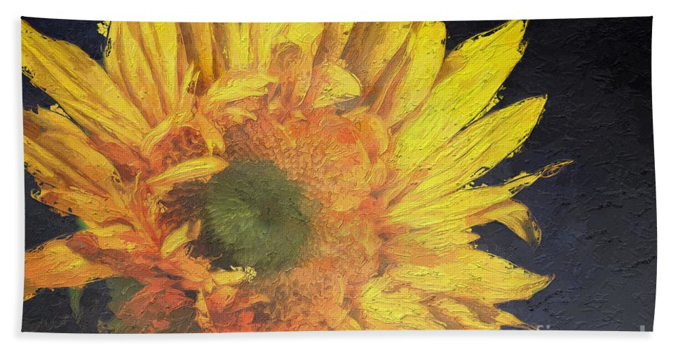 Summer Hand Towel featuring the photograph Bright Idea by Heidi Smith