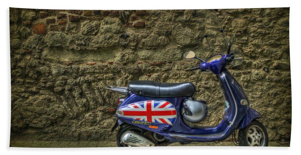 London Bath Towel featuring the photograph British At Heart by Evelina Kremsdorf