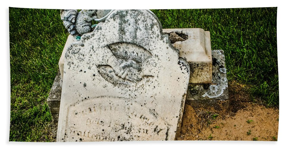 Headstone Hand Towel featuring the photograph Broken Headstone Squirel by Grace Grogan